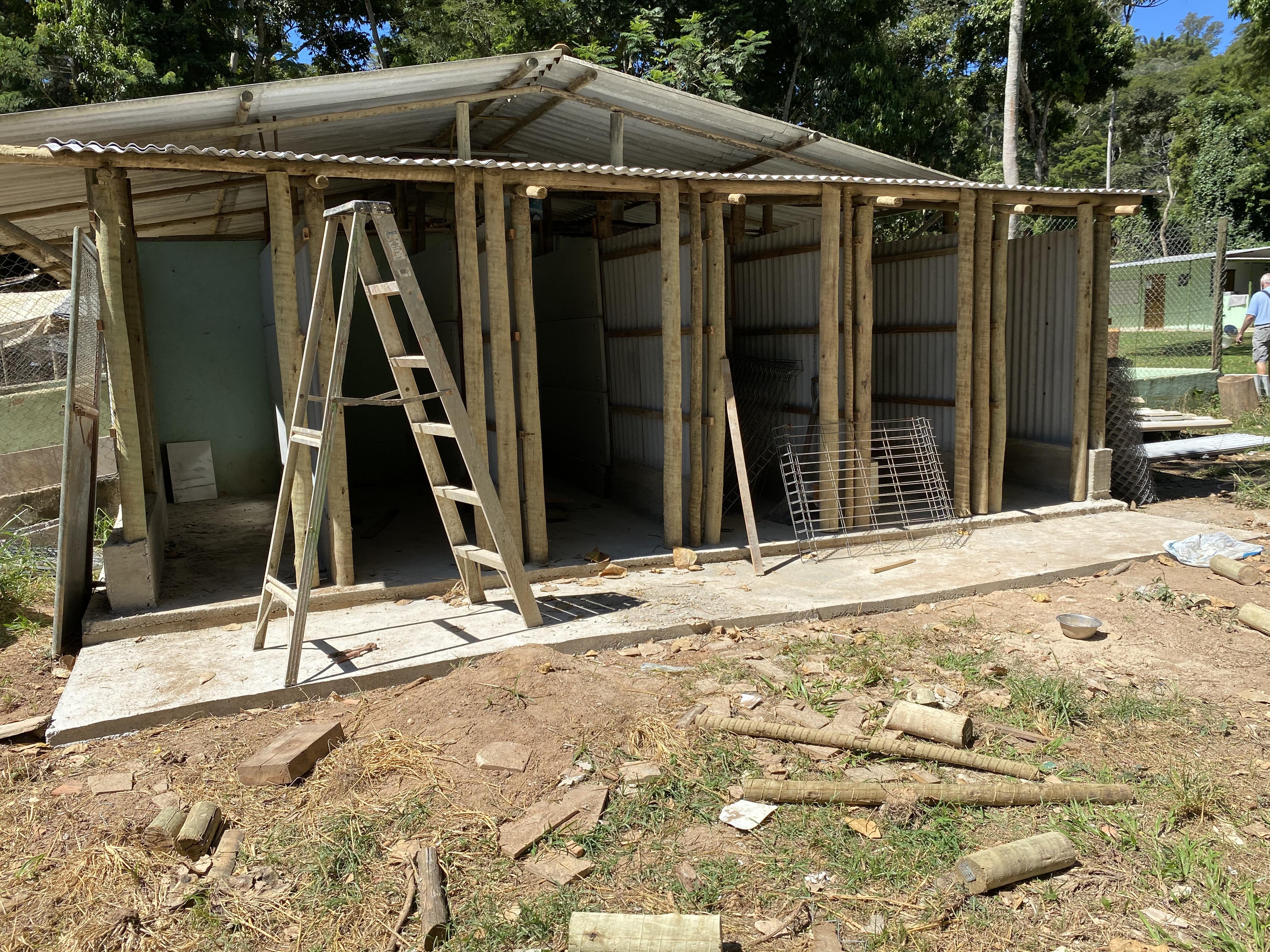 Construção de 6 baias individuais