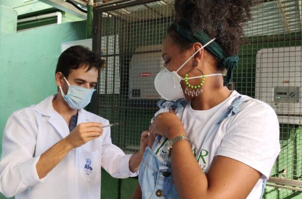 Vacinação da educação