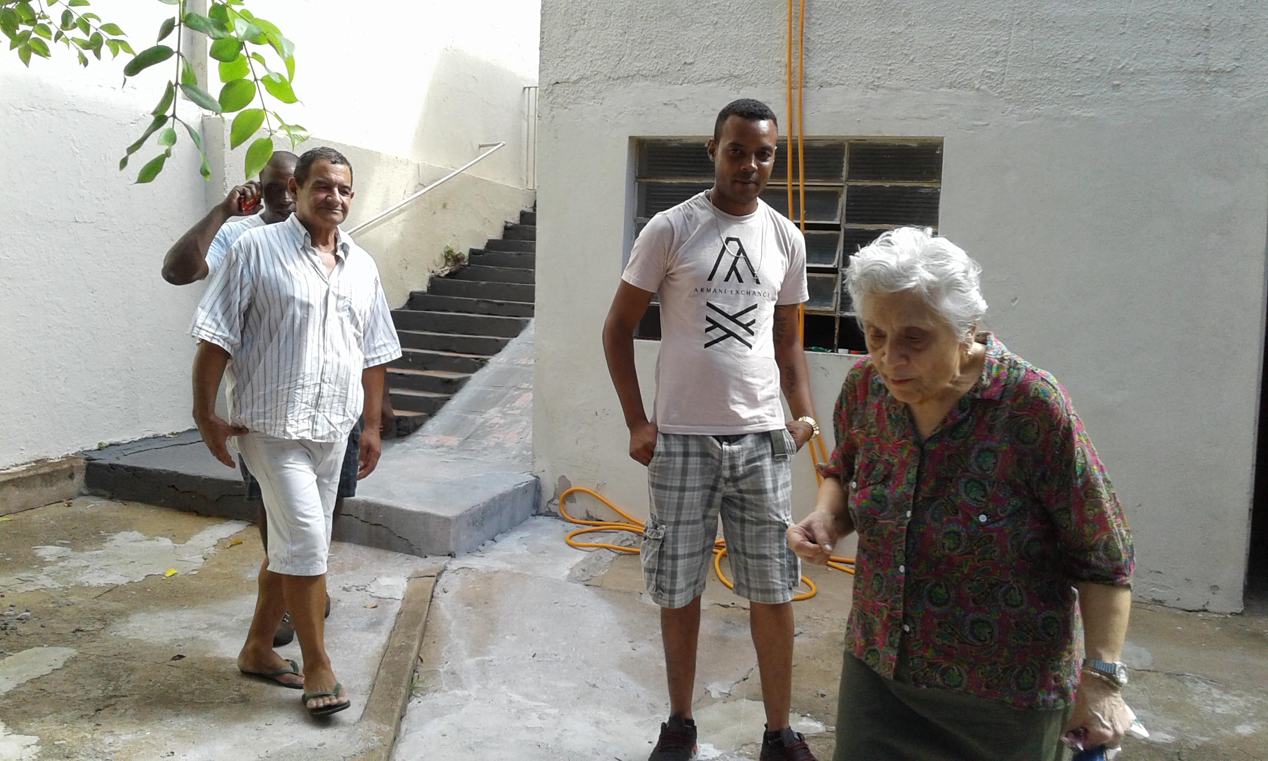 Equipe Casa de Acolhida Tra Noi Dom Carlos